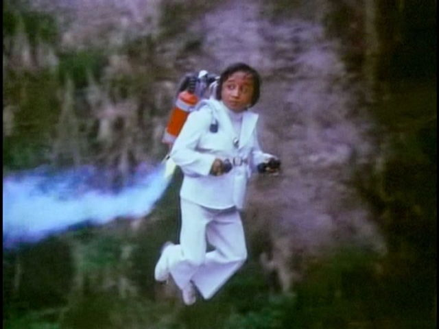 Agent 003 1/2 weng weng